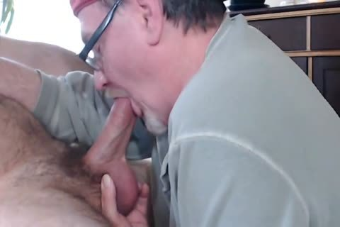huge, monstrous AND cocky manHUNT cock