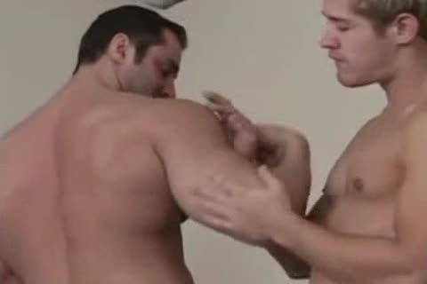 BODYBUILDERS BAREBACK-PART2