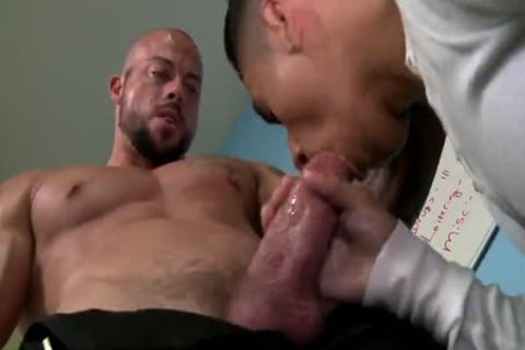 LATINO naughtytie TAKES SECURITY dadDY'S massive ramrod