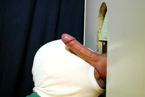 For clip No. 60 Here again Is The attractive 28 Year daddy Hunk From The Neighborhood. that dude Came Over As Usually For A Relaxed Sunday Afternoon oral stimulation-job. I Tried To Go A Little Slower This Time When that dude Got Close. I Heard Him B
