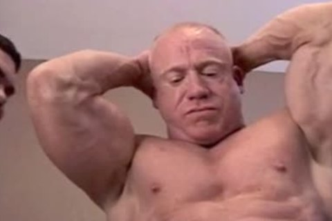 Daddy's Muscle Worship lad