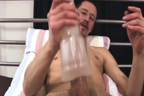 Joris loves To jack off With His recent toy