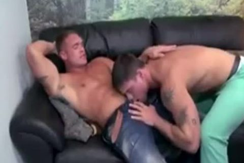 Derek Atlas acquires What that guy Wants
