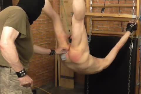A bdsm-session In A stunning Afternoon. The master Likes To Play With The Balls Of The slave And thrashing The wazoo. master: Sadist52 slave: MasoFun