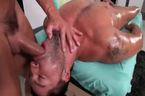 Dominic Pacifico receives A Massage