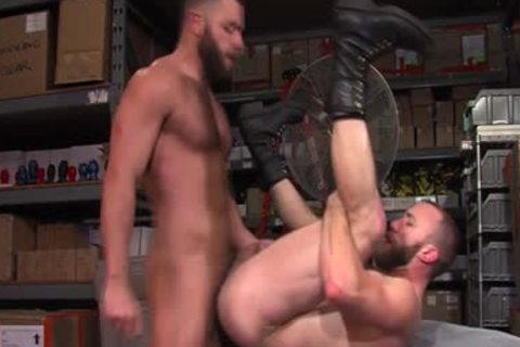 pumped up Hunk love juice covered 2