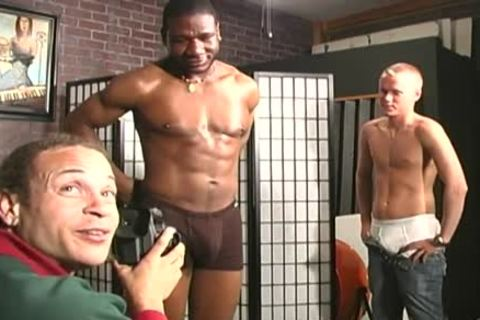 gay Interracial three-some banging