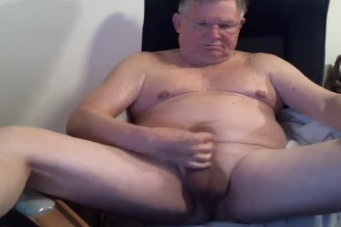 daddy man Strok On cam (no sperm)