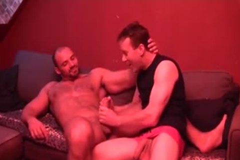 Georgio Buck acquires A smack Of A muscular Mans Hungry 10-Pounder