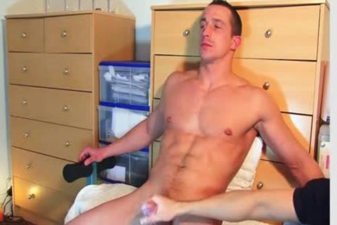 Full clip: A innocent straight Delivery twink Serviced His humongous penis By A twink!