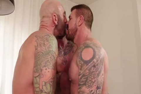 Muscle males In wild bare fuckfest