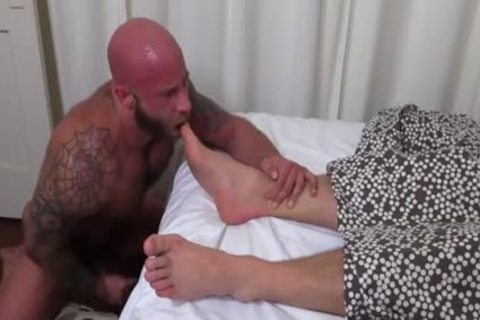 A Immense Muscle Hunky man loves Swallowing Toes And jerking off In Complete Silence