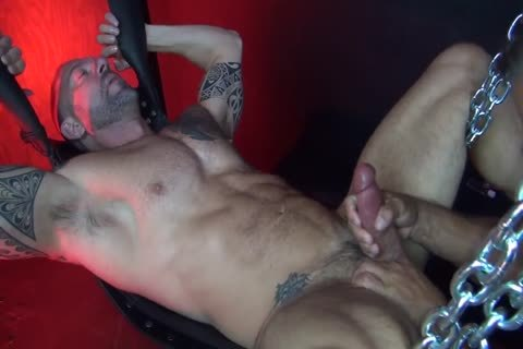 unprotected - Muscle Daddy Flip fuck