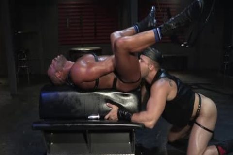 Muscle Wolf oral enjoyment-sex And cumshot