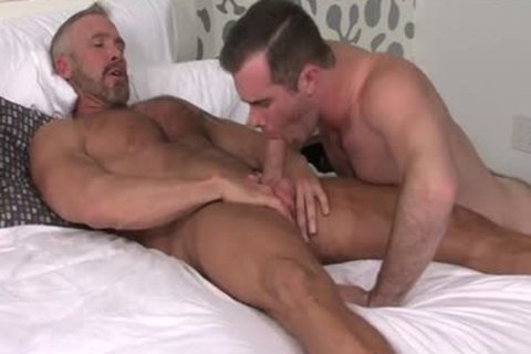 big penis gays oral enjoyment job With cumshot