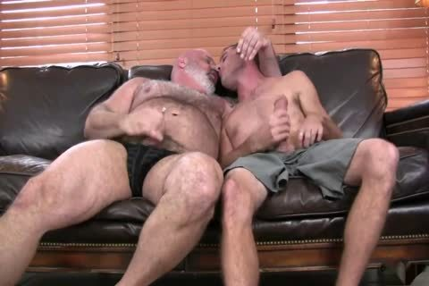 beautiful Daddy Bear acquires banged