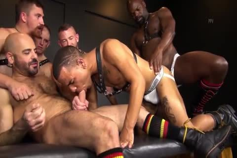 RR - moist N raw Daddy gangbang!
