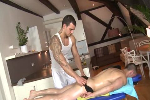 Muscle Daddy a-hole stab And Massage