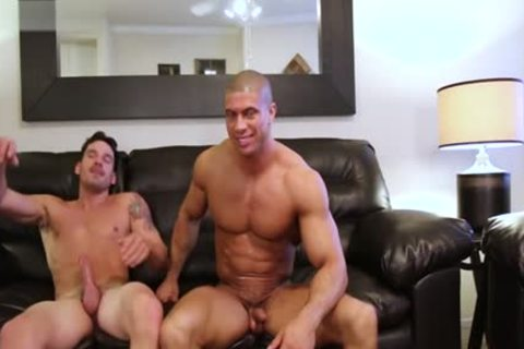 Muscle Son painfully butthole job And cumshot