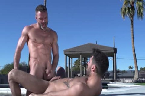 Muscle Bear ass And cumshot