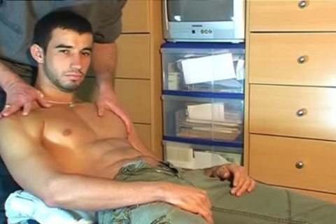 Fabio, innocent Delivery lad Serviced His large pecker By A lad!