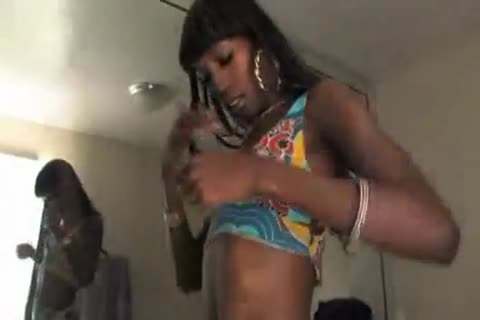 tameka black shemale long tube wanking and coming by