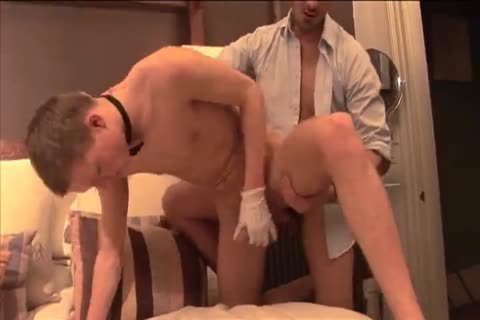 Fucking with lad housekeeper in a hotel