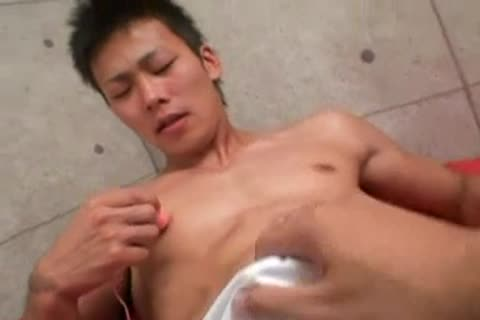 asian twink Vs toys