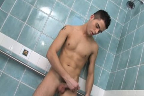 babe twink wanking In The Shower