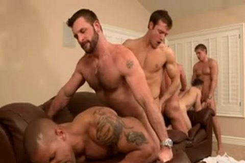 men Having bandsex