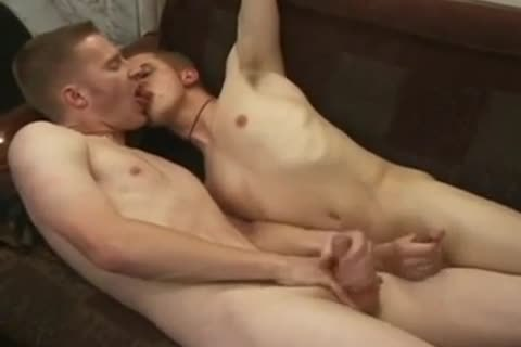 lusty twinks sucking, wanking & banging