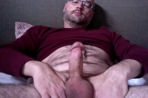 Watching Porn, Getting Hard, Tugging My Nuts, Snorting Poppers And Squeezing Out A Load. it's What A Spooj Monkey Does. Rate And Comment!