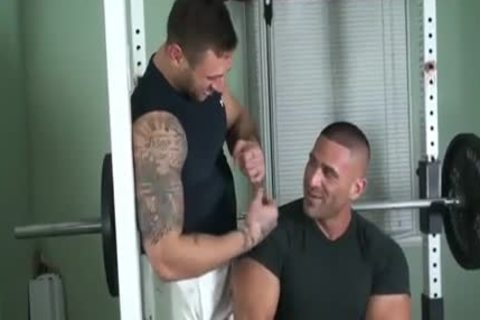 fine Bodybuilders Steamy Action