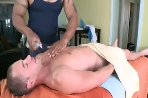 Robert Axel Massage