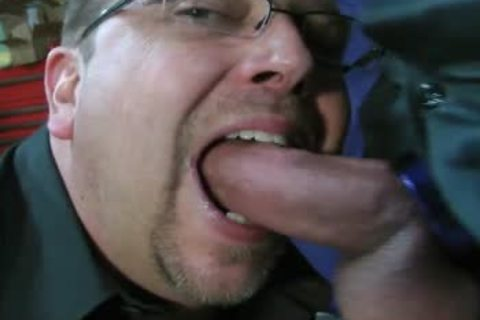 TEN MINUTES OF IN-YOUR-FACE, large, SLOPPY, SLIPPERY, 10-Pounder-SLURPIN' ALL-MALE oral pleasure ACTION WITH ROB BROWN.  I'M totally LOVIN' THAT large VEINY PIECE OF schlong!