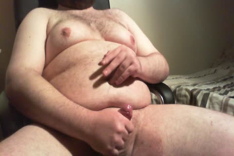 plump lad Playing And wanking