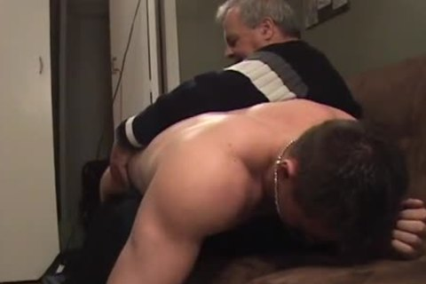 Hunk With Bubble wazoo receives A thrashing
