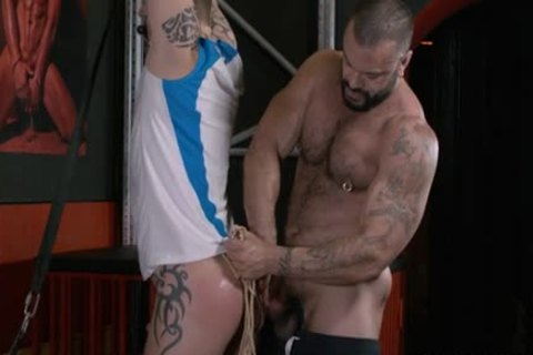 Rogan Richards Uses crazy Sub