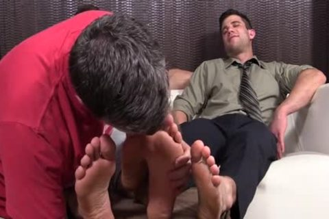 slutty dudes Cole And Kenny Love To Have Their Feet Worshipped