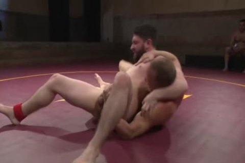 Wrestling For raunchy Dominance