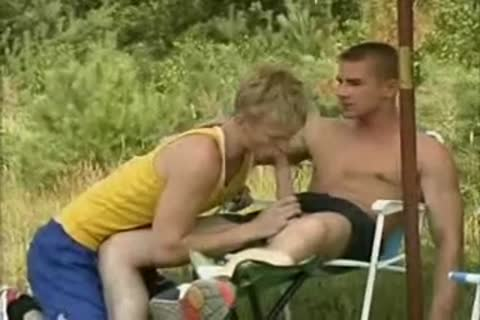 blond Runner gets nailed By Two boyz.flv