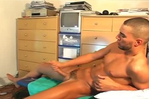 Full video: A worthwhile blameless straight lad Serviced His big jock By A lad!
