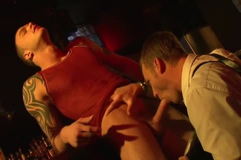 The Policeman Sucks The cock And bonks His anal Is nailed
