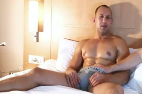 pumped up Male acquires Filmed Hard In His Hotel Room In Spite Of Him !