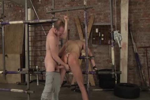 Experienced Sean Taylor Taking Run teach subrigid At A painfully bdsm Session And thrashing
