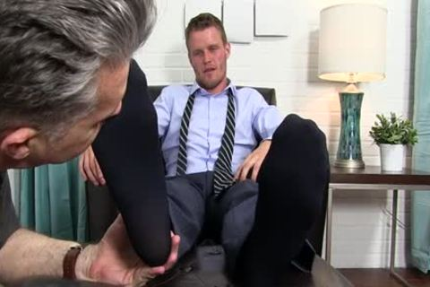 Muscle gay Foot And ball cream flow