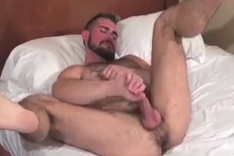 monstrous Bear Daddy Breeds pretty anal bang pretty aperture In Some nice Barebacking Session