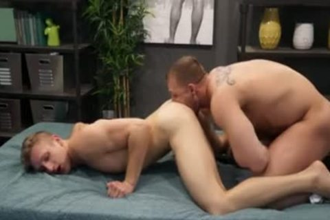 Muscle Wolf anal With Facial