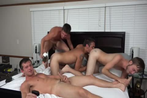 A couple AND TWO friends fucking ON cam