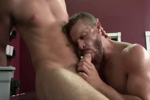 Muscle homosexual Flip Flop With Facial sperm